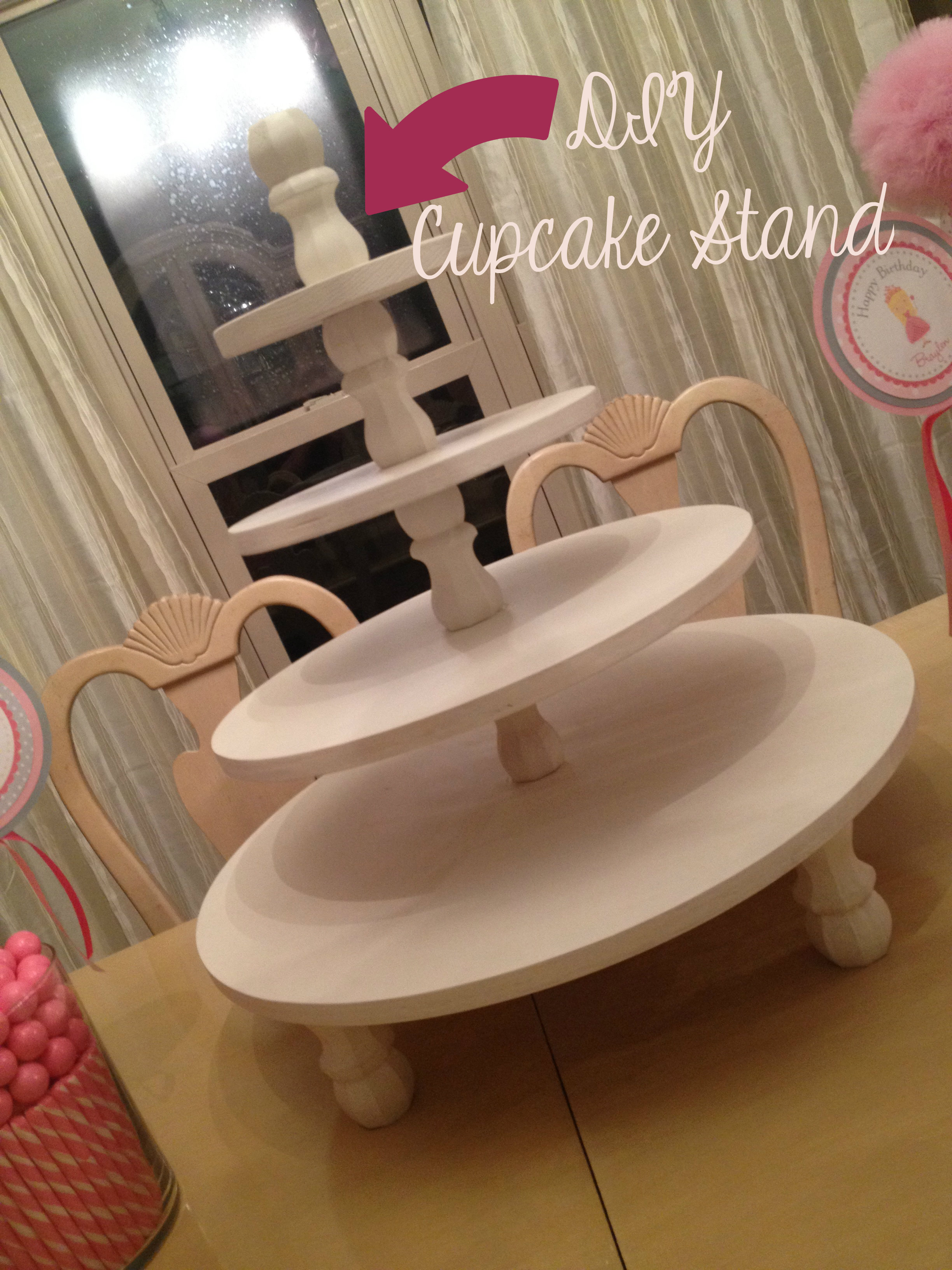 DIY Cupcake Stand - Life in the Green House