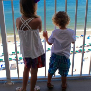 wardrobe wednesday: summer style with children's place
